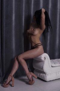 Эротическая массажистка Вика